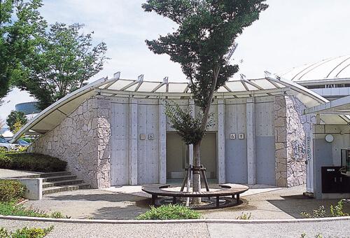 熊本県民総合運動公園 トイレ