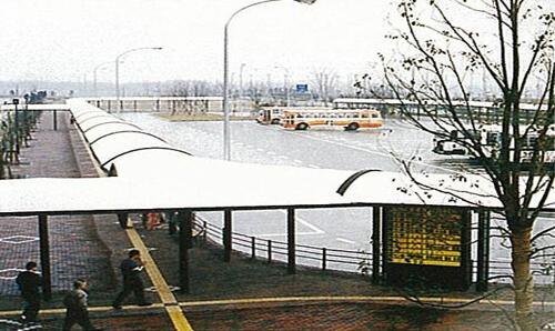 西神中央駅広場バス停