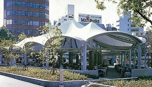 JR神戸駅北口駐輪場